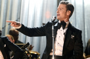 Chart Moves: Justin Timberlake's '20/20' First Album to Sell 2 Million in 2013