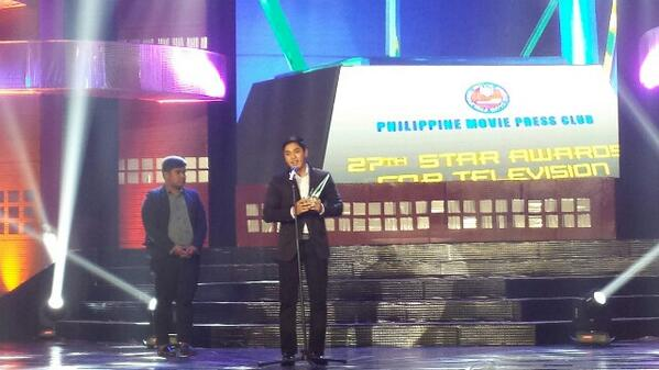 Coco Martin was named Best Drama Actor Coco Martin (Photo from Twitter/Kane Choa)