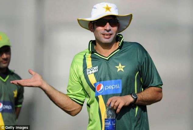 Shahid said that the media should praise much-criticised Pakistani cricket captain Misbah-ul-Haq regardless of his ability but because of his nationality