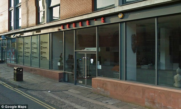The manager of the Akbar's Indian Restaurant in Manchester died of a suspected heart attack after reportedly getting into an argument with a customer over an unpaid bill