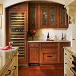 kitchen-cabinets-traditional-two-tone-138-cp039e-white-medium-wood-bar-wine-cooler-glass