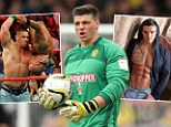 Former Burton Albion goalkeeper Stuart Tomlinson has signed a contract with World Wrestling Entertainment