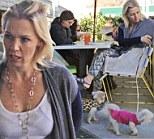 jennie garth eating lunch