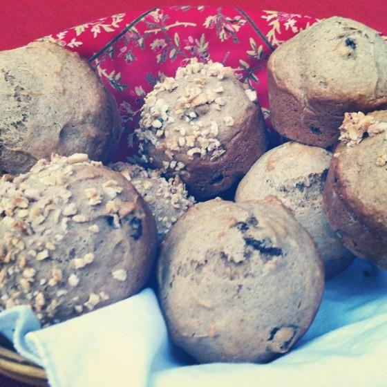 http://www.thewannabefoodie.com/cherry-vanilla-granola-muffins/