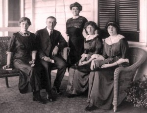president-woodrow-wilson-mothers-day-law