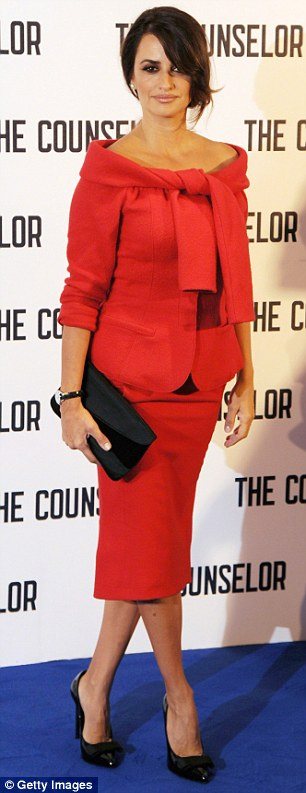 The Spanish actress looked flawless last week as she stepped out on the red carpet to promote The Counselor