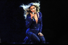 'Beyonce' Fastest-Selling Album Ever In iTunes Store: 828,773 In Three Days