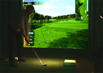 Golfare i simulator