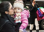 Christmas is coming early! Bethenny Frankel brought her daughter Bryn to school in Tribeca, New York City with a bunch of presents for her pals