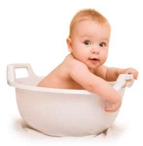 Советы молодым родителям, как купать новорожденного малыша.