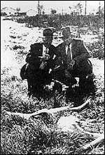 LAPD Detectives Harry Hansen and Finis Brown with Elizabeth Short's body