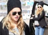 Any day now! Pregnant Teresa Palmer spends quality time shopping with her mother as the actress nears due date
