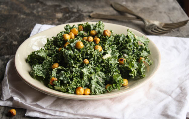 Kale Cesar Salad with Garlicy Chicpea Croutons (+ vegan cesar salad dressing!!)