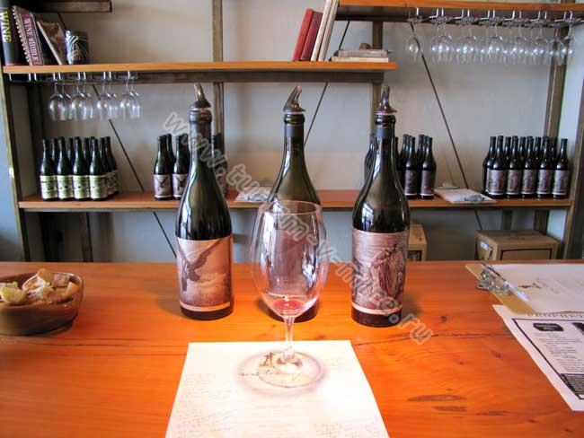 Sans-Liege-Wines-4---Erik-Wait.