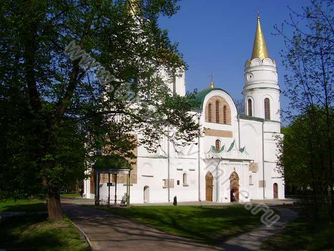 Spasopreobrazh-cathedral-chernihiv