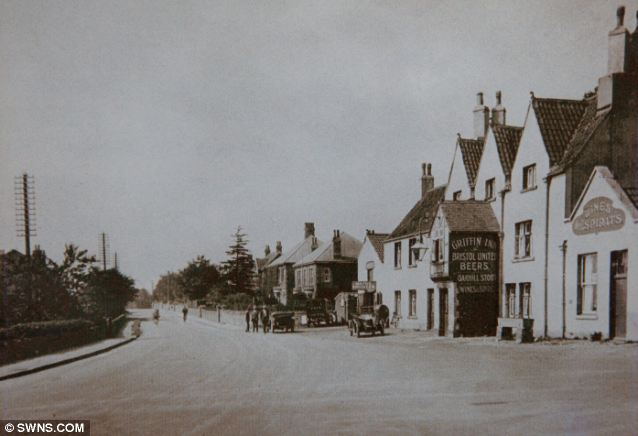 The Griffin pub as it appeared in the 1930's in the village of Warmley, Bristol