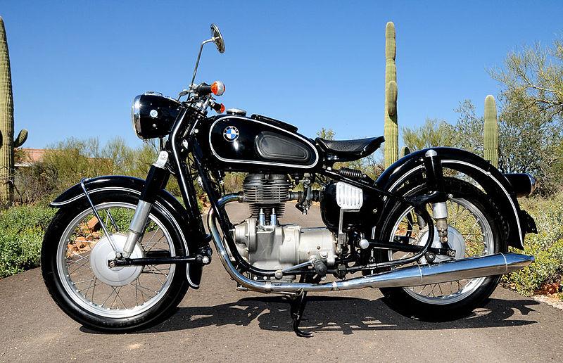 [Imagem: 800px-1964-BMW-R27.jpg]