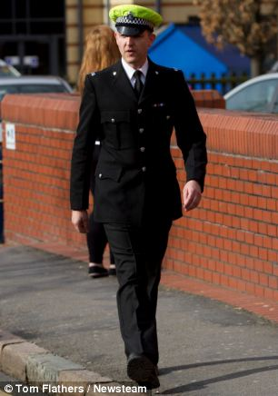 Evidence: PC Timothy O'Donnell arriving at Leicester Crown Court to give evidence