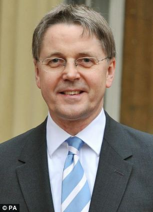 Cabinet Secretary Sir Jeremy Heywood has been asked by Labour to investigate why the arrest was not made public