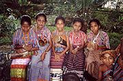 Dili children in traditional costume