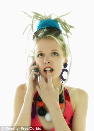 Women who wear big earrings are at risk