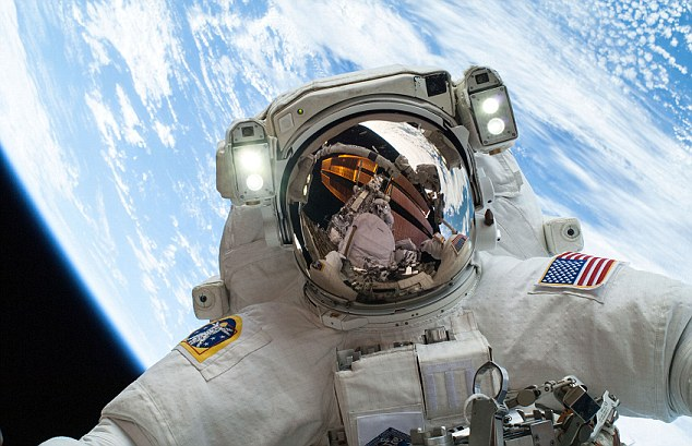 British astronaut Major Tim Peake is one of the stars of a two-and-a-half-hour pioneering live broadcast from the ISS and Mission Control in Houston on Sunday on Channel 4