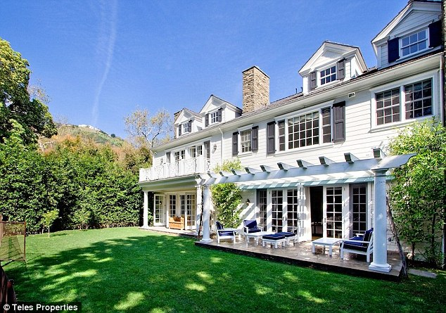 Big profit: Sarah Michelle Gellar and Freddie Prinze Jr. have put their lavish home on the market for $7.9 million after buying it six months ago for $6.1 million