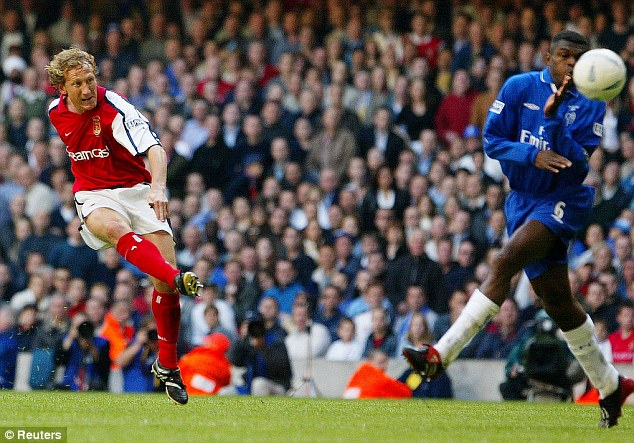 Blast: Ray Parlour scores from long range against Chelsea in the 2002 FA Cup final in Cardiff