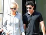Golfer Rory McIlroy has broken off his engagement to tennis player Caroline Wozniacki just days after sending out wedding invitations
