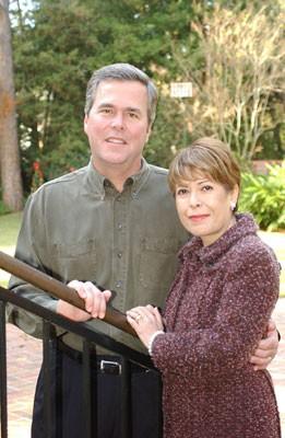 Jeb Bush`s Wife Was An Illegal Alien