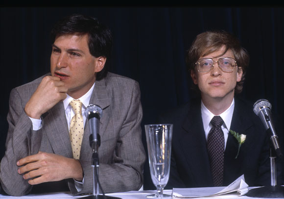 Steve Jobs and Bill Gates photographed in NY in 1985
