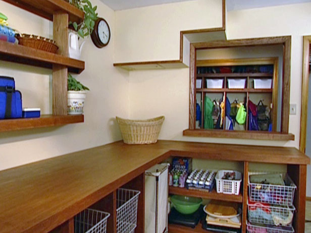Disheveled Laundry Room : Projects : DIY Network
