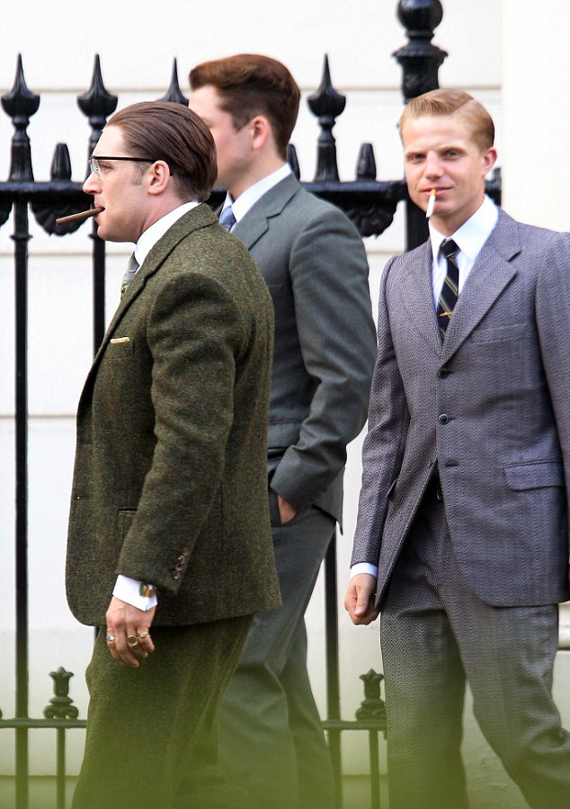 Flunkies: Tom is flanked by two actors no doubt playing associates of the notorious gangsters