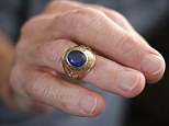 Returned: The ring, which Ostapiak gave to Elaine when she was still his girlfriend, doesn't fit him anymore