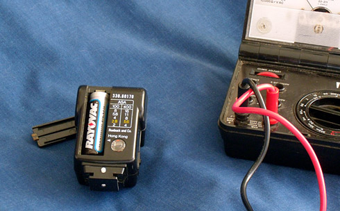 This Flash is Powered by a Single AA Cell
