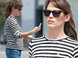 Barefaced Jennifer Garner keeps it casual in loose fitting striped top while running errands amid pregnancy rumours