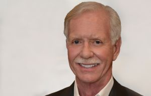 Celebrity Reading List: Hero Sully Sullenberger Is Driven By Smart Landings