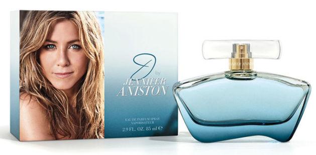 Wanna smell clean and fresh like Jennifer Aniston? Spritz her newest fragrance J by Jennifer Aniston.