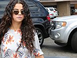 Selena Gomez leaves lunch with her girlfriends then goes to 7-11 where it appears her friend in the blue dress was driving and backed into another car. It looks like nobody was hurt and minimal damage was done. However, look at these photographs Selena is in the driver seat. Was she driving during the minor crash?August 3, 2014 X17online.com