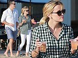 Picture Shows: Jim Toth, Reese Witherspoon  August 06, 2014    'Wild' actress Reese Witherspoon enjoys a day out at the beach with her family in Santa Monica, Calfornia.    Non-Exclusive  UK RIGHTS ONLY    Pictures by : FameFlynet UK    2014  Tel : +44 (0)20 3551 5049  Email : info@fameflynet.uk.com