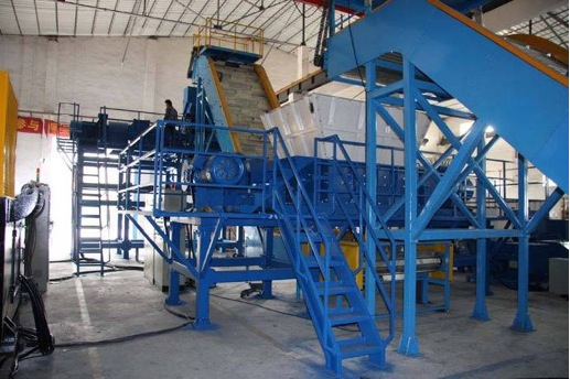 industrial tire recycling system for wire free production