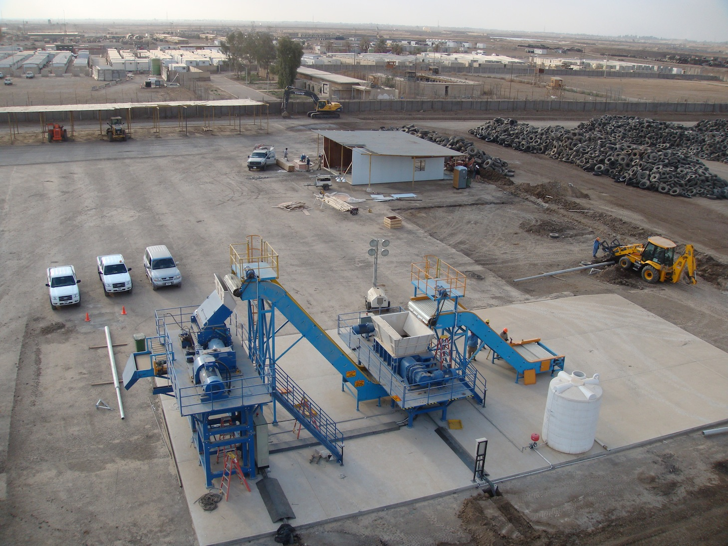Exterior shot of tire recycling system for wire free
