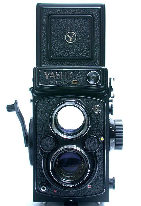 Yashica Mat 124G