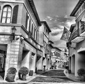 佛罗伦萨小镇广佛名品奥特莱斯佛山开建