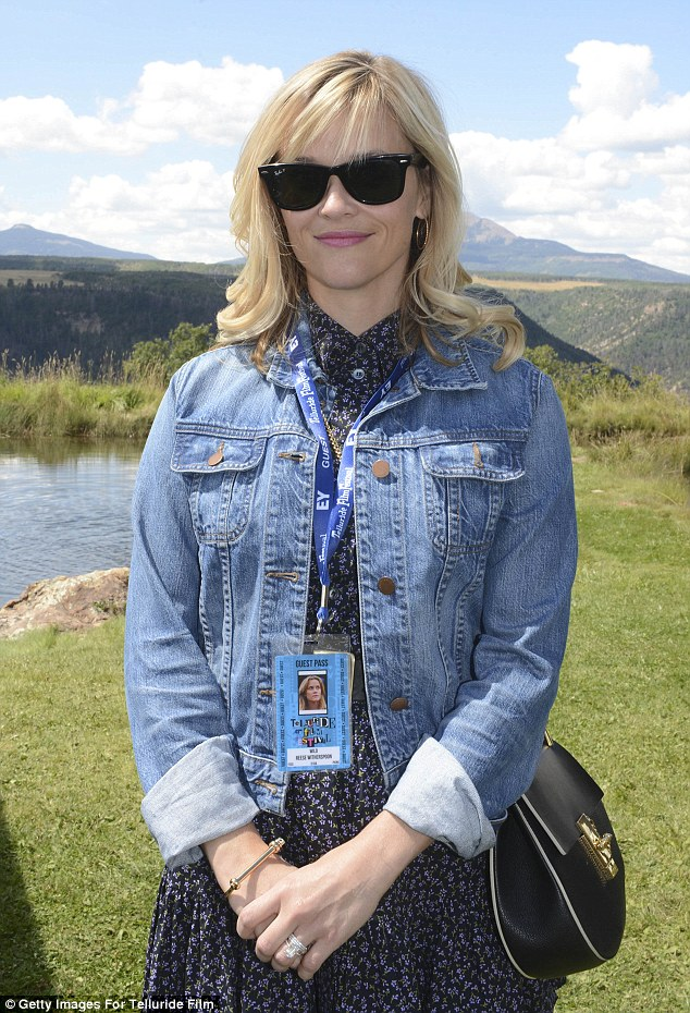 What a lovely view! The Legally Blonde actress looked peaceful beside the picturesque mountain behind her
