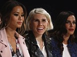 Look at my new hair! Zosia's platinum, style stood out amid her brunette front row friends