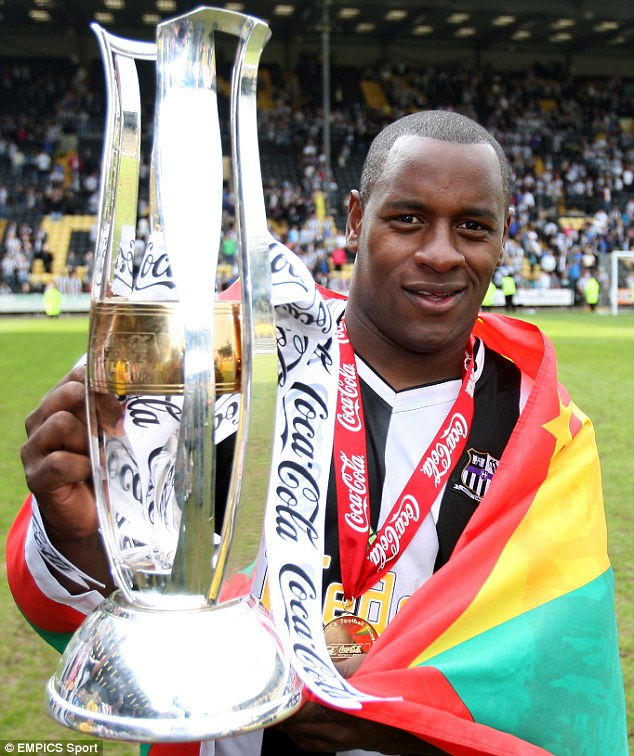 Facey won the League Two title with Notts County in 2010 during a long career in the lower leagues