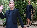 """British actress  Rosamund Pike arrives at the photocall of the film """"Gone Girl"""" in Rome on September 12, 2014.  AFP PHOTO / TIZIANA FABITIZIANA FABI/AFP/Getty Images"""