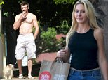 Exclusive  LiesAngeles  Los Angeles  CA  USA   Chloe Lattanzi is seen picking up groceries in Los Angeles while her boyfriend is spotted walking their dogs shirtless and while smoking    CREDIT LINE MUST  LiesAngeles