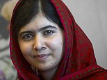 Pakistani schoolgirl activist Malala Yousafzai poses for pictures during a photo opportunity at the United Nations in the Manhattan borough of New York on August 18, 2014.     REUTERS/Carlo Allegri (UNITED STATES - Tags: SOCIETY POLITICS)